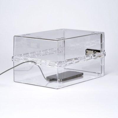 Lockable box for phones